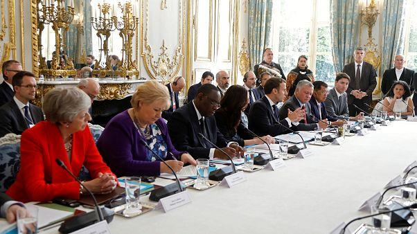 Un sommet à Paris contre la violence sur les réseaux sociaux