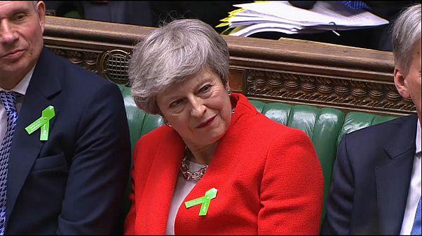 """""""Брексит"""": жесткая дискуссия в Палате общин"""