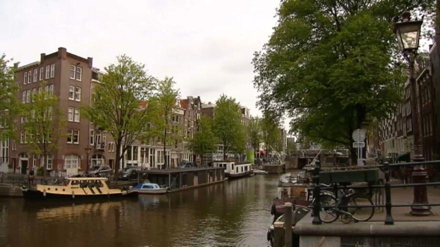 Amsterdam più cara per chi viaggia