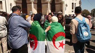 """Algerien: """"Keine Wahl innerhalb des alten Recyclingsystems"""""""