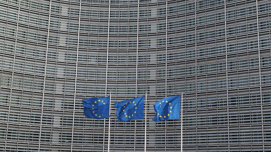 """سالفيني يطلق """"ضريبة ثابتة"""" نسبتها 15 بالمائة على العائلات التي يصل دخلها إلى 50 ألف يورو"""