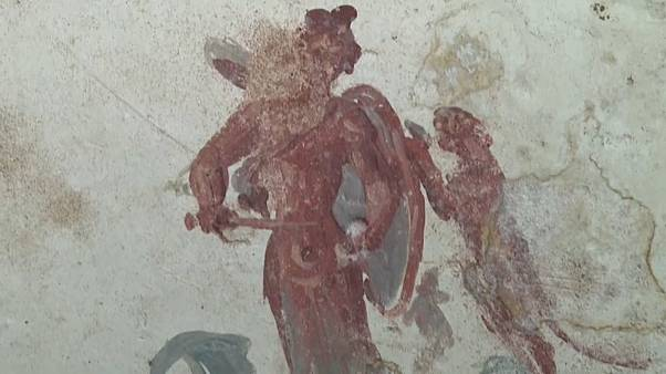 The Sphinx Room features lavish frescoes of panthers and centaurs