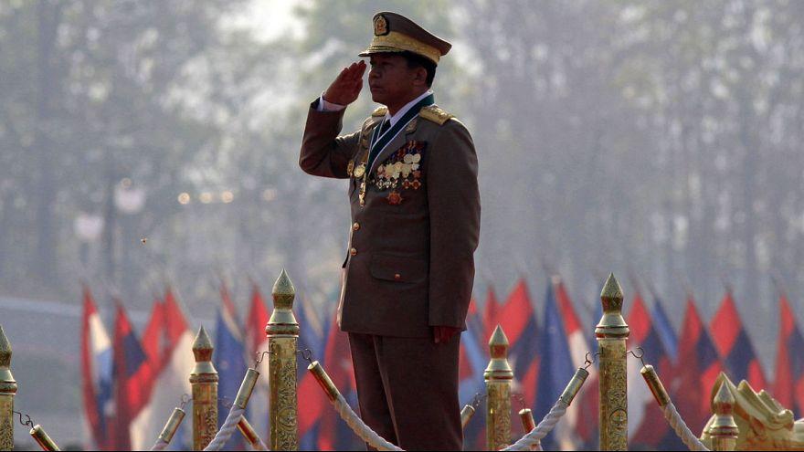 إغلاق حساب تويتر الخاص بقائد جيش ميانمار بسبب خطاب كراهية ضد مسلمي الروهينغا