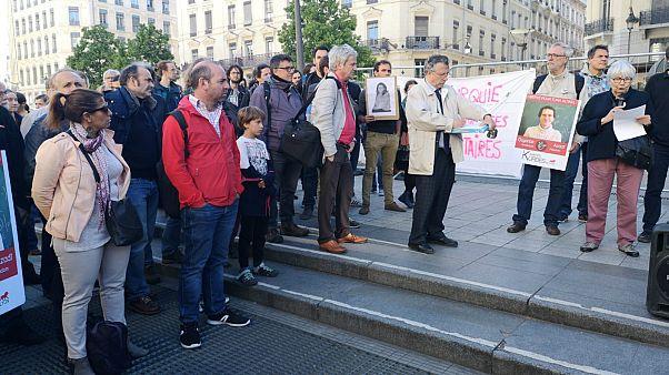 Barış Akademisyeni Altınel için Lyon'da eylem: Fransa'dan memuru için kararlılık bekliyoruz