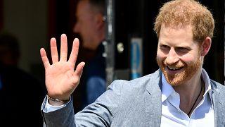 """الأمير هاري يفوز في قضية """"الصور الجوية"""""""