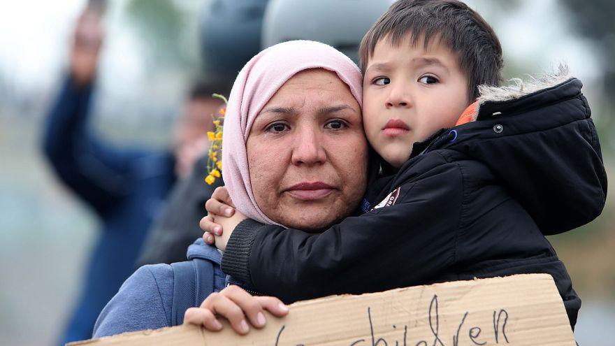 Τρεις νέες ηλεκτρονικές εφαρμογές για τη διευκόλυνση των μεταναστών
