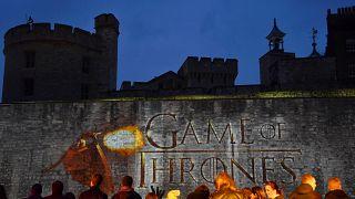 Game of Thrones'un son bölümü Paris'in en büyük sinema ekranında yayınlandı