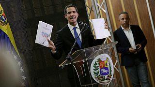 ونزوئلا؛ خوان گوایدو گفتگو با دولت را منکر شد