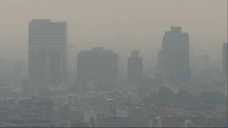 Un nuage de pollution enveloppe la capitale Mexico