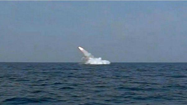 معاون سپاه: موشکهای ما به راحتی به کشتیهای آمریکا در خلیج فارس میرسد