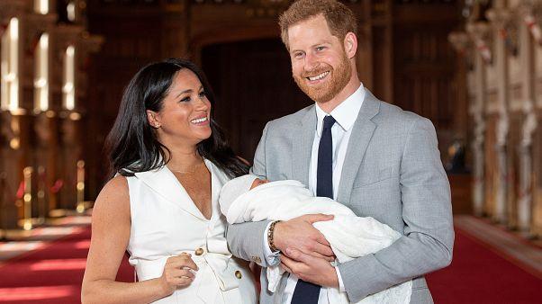 هاري وميغان ورضيعهما