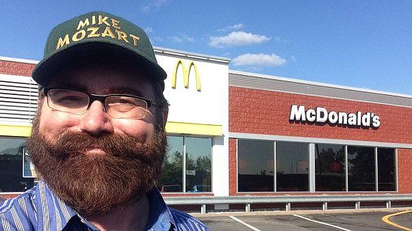 ABD: Başınız sıkışırsa yardım için Mcdonalds'a başvurun