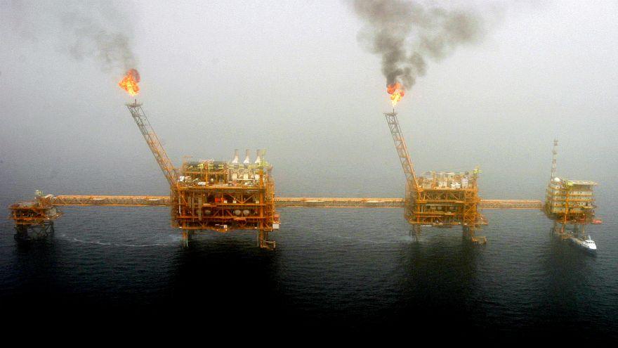 صادرات نفت خام ایران به ۵۰۰ هزار بشکه در روز کاهش یافته است