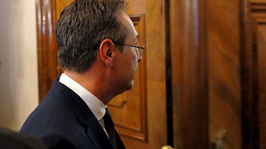 Előrehozott választást javasol Sebastian Kurz osztrák kancellár