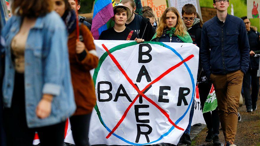 Glifosat içeren tarım ilaçları üreticisi Monsanto-Bayer'e karşı dünya çapında tepki