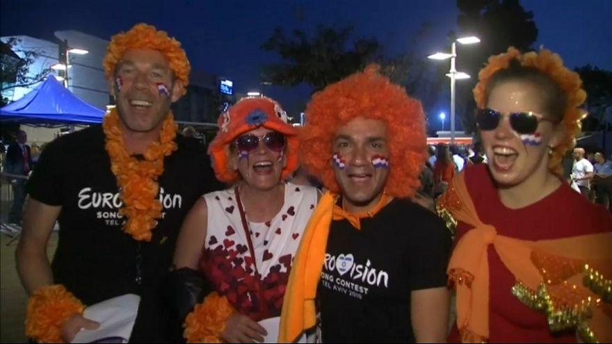 تب و تاب هواداران برای مرحله نهایی مسابقه آواز یوروویژن در تل آویو