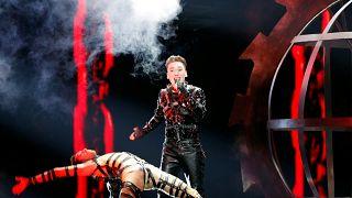 Az elfogadásért énekelt az Eurovíziós Dalfesztivál holland győztese