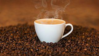 نوشیدن چه میزان قهوه برای قلب مضر است؟ دانشمندان پاسخ میدهند