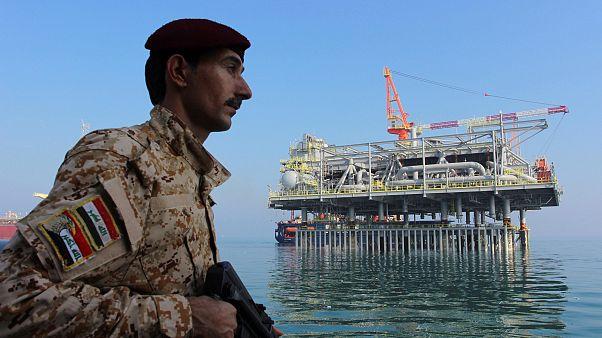 منصة القياس المركزي في محطة نفط البصرة في خليج الشرق الأوسط