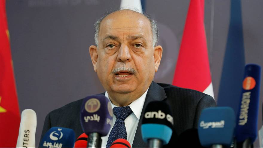وزیر نفت عراق از خروج مهندسان اکسون موبیل از میدان نفتی بصره انتقاد کرد