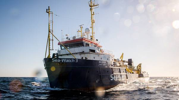Sea Watch: Migranten dürfen auf Lampedusa an Land