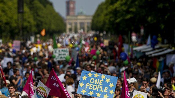Almanya'da ırkçılık karşıtı gösteri düzenlendi: Berlin