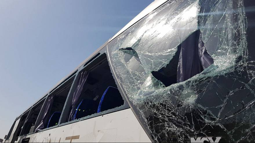 انفجار در نزدیکی اهرام ثلاثه مصر؛ ۱۷ گردشگر مجروح شدند