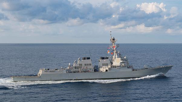 حضور ناوشکن آمریکا در آبهای مرزی چین در میانه جنگ تجاری