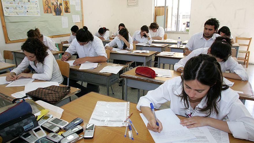 Παγκύπριες Εξετάσεις: Πρεμιέρα με Νέα Ελληνικά