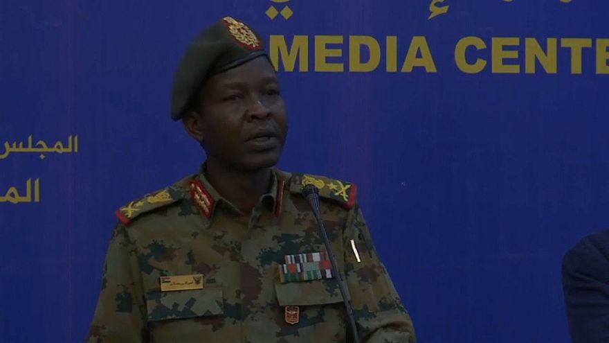 الفريق شمس الدين الكباشي، المتحدث باسم المجلس العسكري الانتقالي في السودان