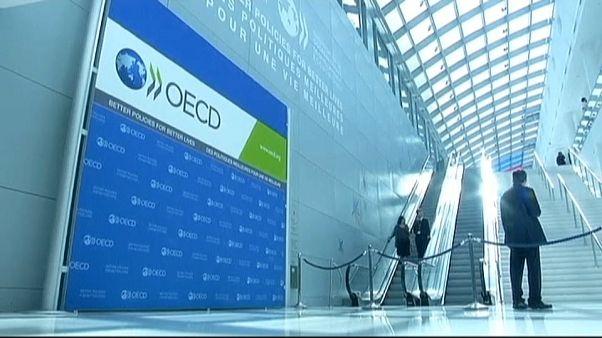 ΟΟΣΑ: Ανησυχία κι αναθεώρηση προς τα κάτω της παγκόσμιας ανάπτυξης