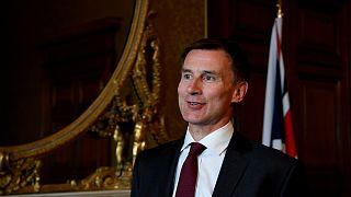 هل يخلف وزير الخارجية البريطاني ماي في رئاسة الحكومة؟
