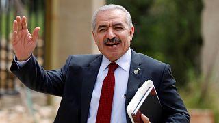 رئيس الوزراء الفلسطيني محمد اشتية في رام الله بالضفة الغربية