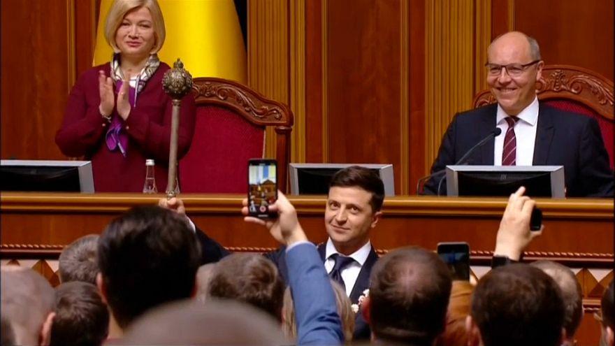 مراسم تحلیف ولودیمیر زلنسکی؛ از بازیگری سریال تا سوگند ریاست جمهوری