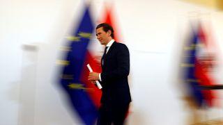 Αυστρία: Παραιτήθηκαν όλοι οι υπουργοί του ακροδεξιού κόμματος