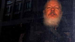 Washington mindent leverne Assange-on