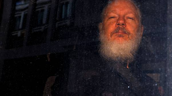 Washington mindent leverne Assange-on