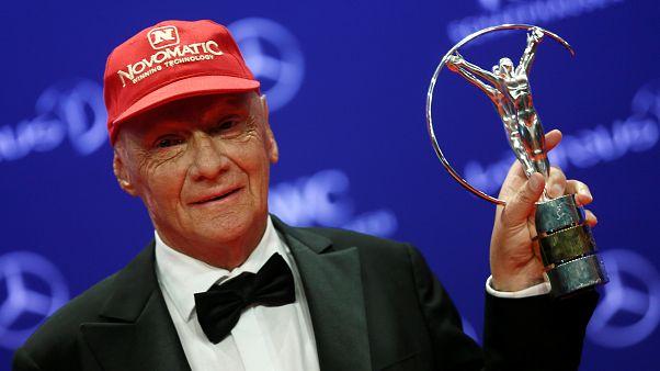 Addio a Niki Lauda: l'ex pilota austriaco, leggenda della F1, è morto a 70 anni