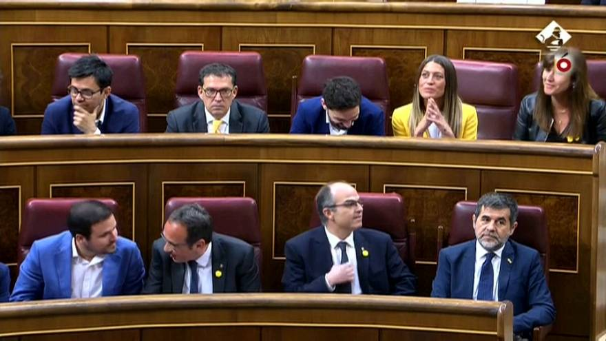 Spanish first as jailed Catalan leaders sworn in at parliament
