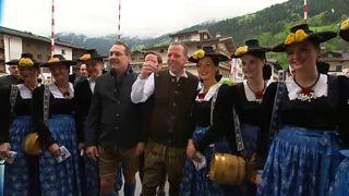 Австрийская Партия свободы держится