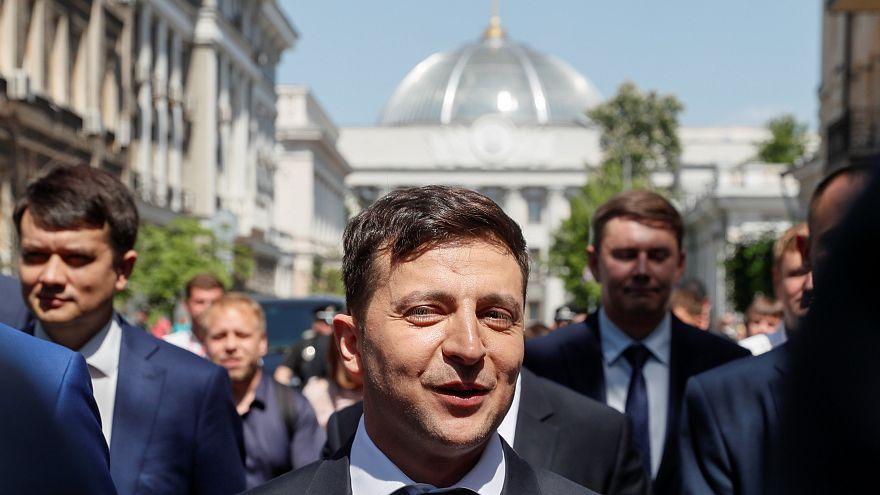 Владимир Зеленский распустил Верховную раду