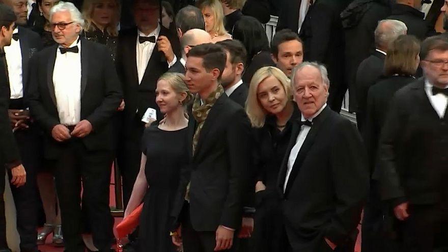 Family Romance LLC: Herzog új filmje Japánban játszódik