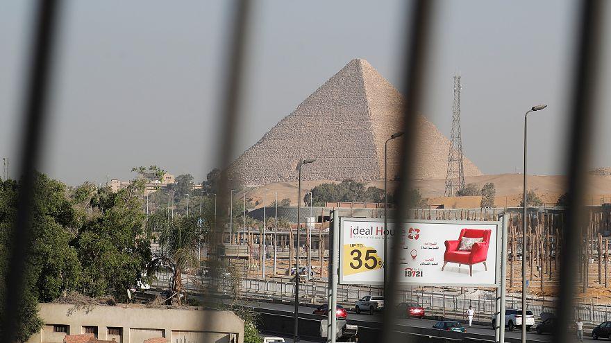 مصر ترفع أسعار الكهرباء بمتوسط 15% مطلع يوليو تموز المقبل