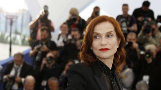 "Cannes : Isabelle Huppert incarne ""Frankie"", alter ego condamné"