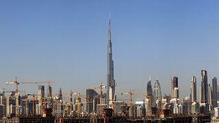 امارات برای نخستین بار به سرمایهگذاران اقامت دائم میدهد