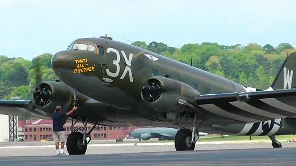 پرواز دوباره اولین هواپیمای آمریکایی که حمله متفقین به ارتش آلمان را آغاز کرد