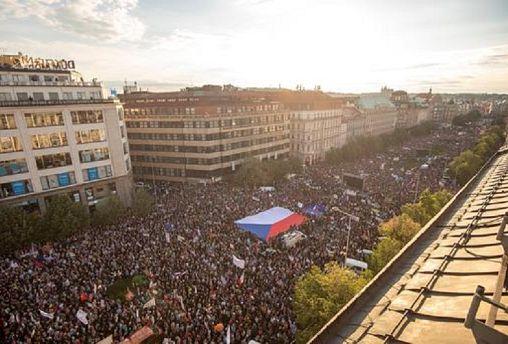 Checos em protesto contra governo