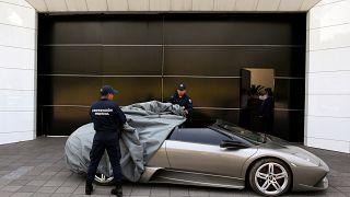 Les voitures de luxe des narcos mexicains vendues au profit des pauvres