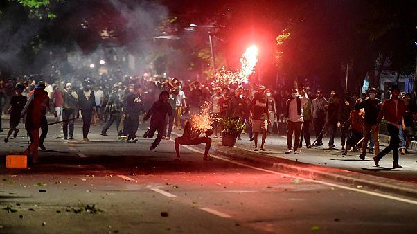 Tüntetés, halálos áldozatok Jakartában