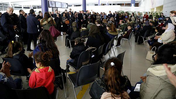 فرانسه میزبان دومین گروه از زنان ایزدی که قربانی خشونت های داعش بودند